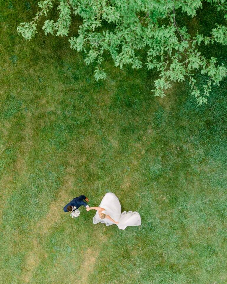 Michigan-drone-wedding-photography-bride-and-groom-by-Chinling-Photography